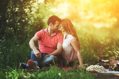 Free For Couples In A Moment Outdoors Photo Free