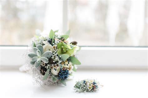 eheringe kupferfarben elegante hochzeit im winter in zartem serenity und kupfer