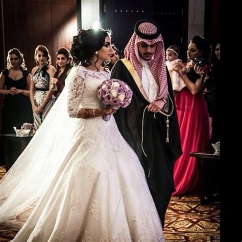 wallpaper arabic couple traditional gulf arab wedding muslim couples pinterest