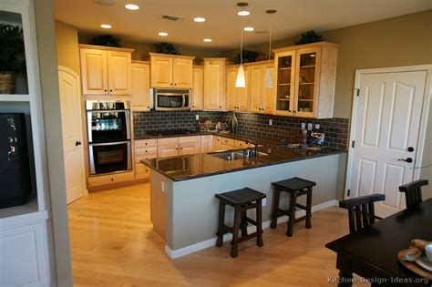 Ideas For Light Colored Kitchen Cabinets Design Pictures Of Kitchens Traditional Light Wood Kitchen Cabinets Kitchen 10