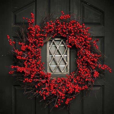 adding  everlasting berry wreath   exterior