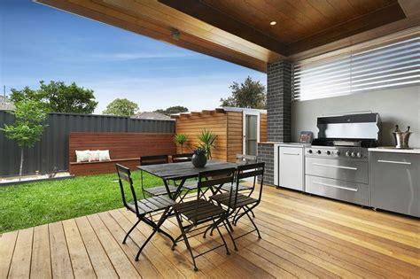 Backyard Bbq Decks Modern Alfresco Backyard Decking Bbq Built In Small