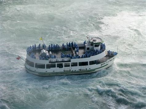 best boat ride in niagara falls american side tour of niagara falls with maid of the mist