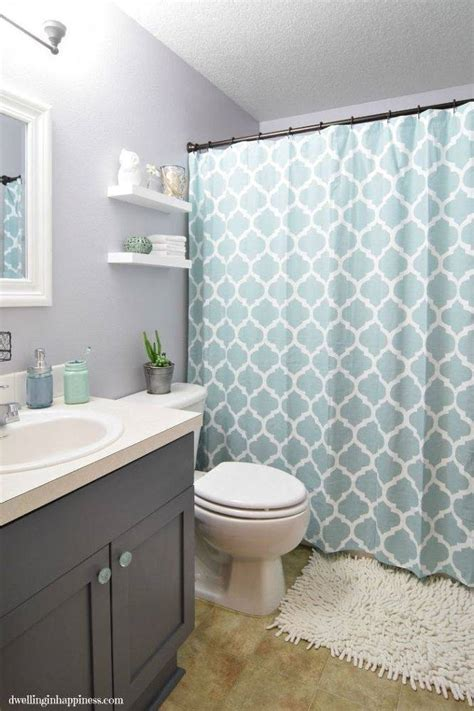 Ideas For Small Guest Bathrooms Best 25 Guest Bathroom Decorating Ideas On Pinterest Restroom Throughout Small Guest Bathroom
