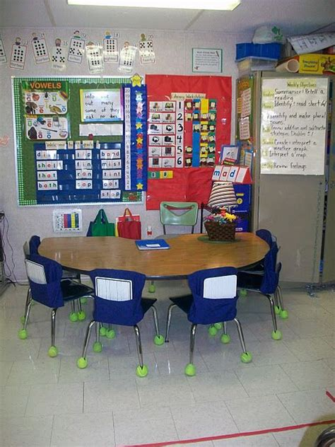 classroom layout for small groups 91 best kindergarten classroom images on pinterest