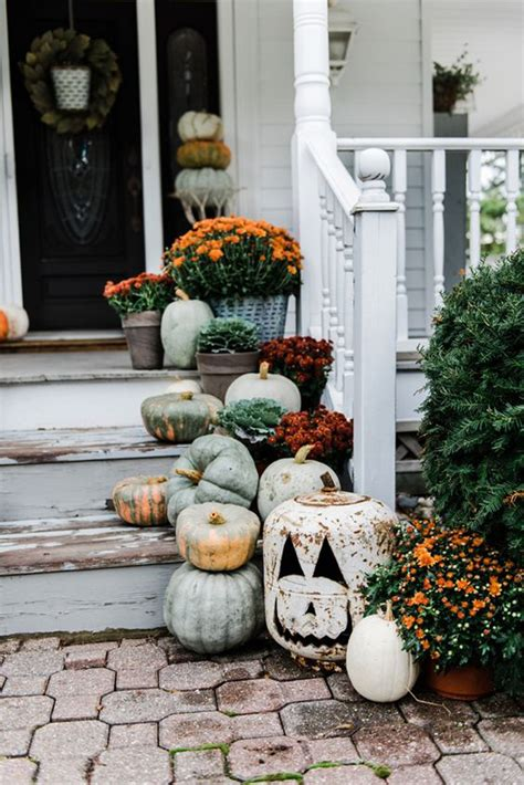 rustic fall farmhouse porch decor