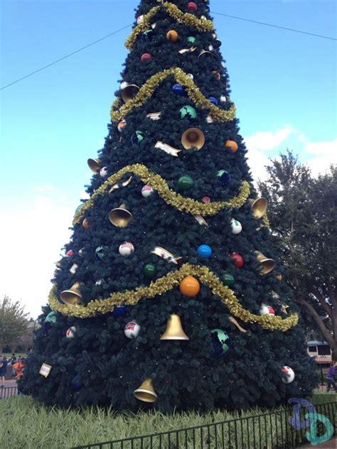 human christmas tree epcot disney rumor new light display coming to epcot in 2014 doctor disney