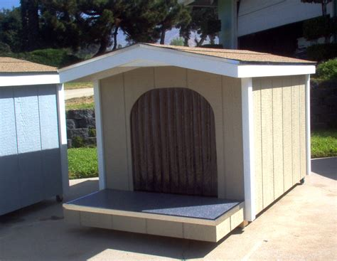 huge dog house the doogie condo 979 425 5765