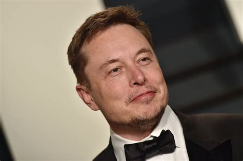 elon musk why is elon musk in australia let s speculate wildly