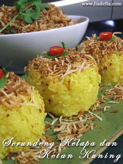 membuat nasi kuning ketan ketan kuning dan putih with serundeng liadella blog
