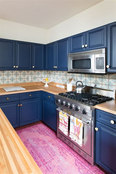 blue tile backsplash kitchen 25 best ideas about blue kitchen cabinets on