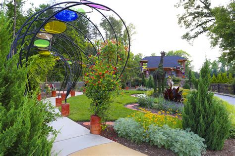 this sunday is groovin in the garden jazz at gateway