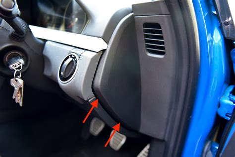 lower dash trim removal ve commodore autoinstruct
