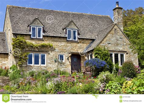 traditional cottage style homes cotswold cottage style english cotswold cottage house plans