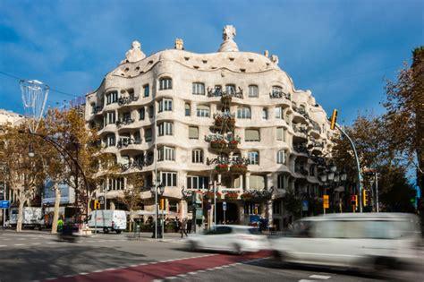 gaudi casa mila casa mil 224 la pedrera barcelona antoni gaud 236