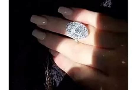 kylie jenner flashes engagement ring  snapchat