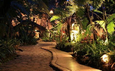 tempat wisata honeymoon  bandung wajib  menginap