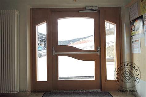 ingresso hotel spazio legno srl