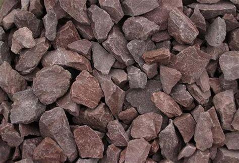 barn red stone