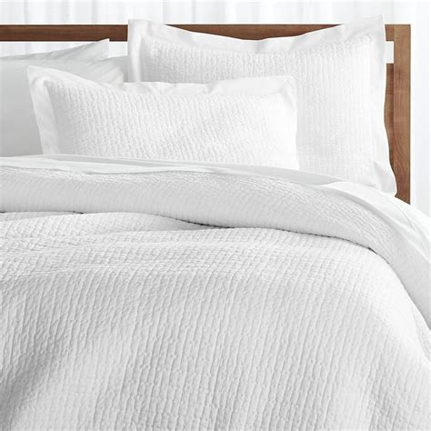 Duvet Covers Queen White 1000 Ideas About White Duvet Cover Queen On Pinterest
