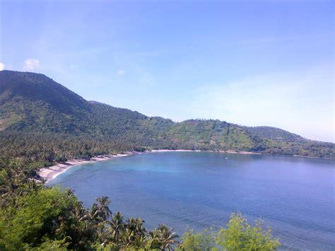 Pantai Tanpa Kawat Set 13 tidak akan bosan dengan pulau lombok traveler