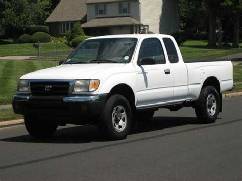 Toyota 4x4 For Sale 1999 Toyota Tacoma Xtracab Sr5 4x4 For Sale From Milwaukee