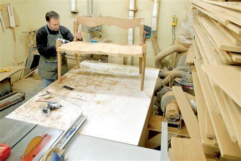 Furniture Carpenters Job For U A E Psgi Overseas