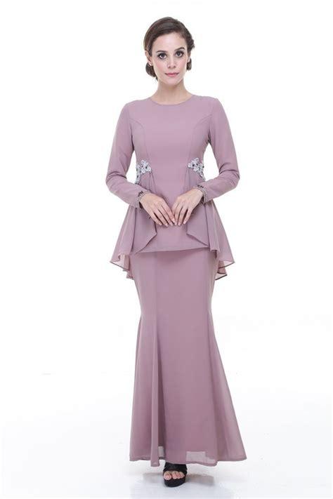 gaun peplum rina nichie desni peplum kurung dusty purple baju kurung