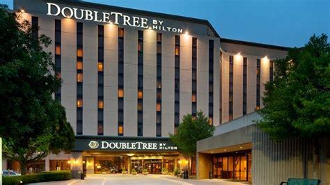 Tree Suites Tx Galleria Dallas Hotel Doubletree Hotel Near The Galleria
