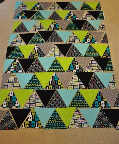 quilt tutorial equilateral triangles triangle quilt tutorial sewing pinterest