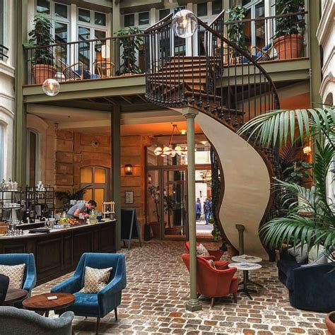 hoxton hotel  paris offers contemporary chic