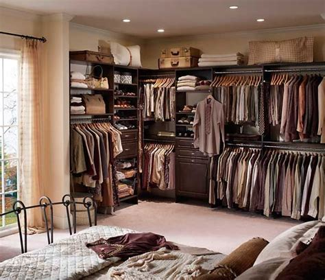 bedroom closet design ideas 25 best ideas about small dressing rooms on