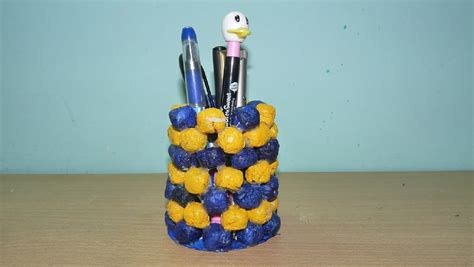 How To Make Pen Stand Using Paper - how to make a pen stand using news paper