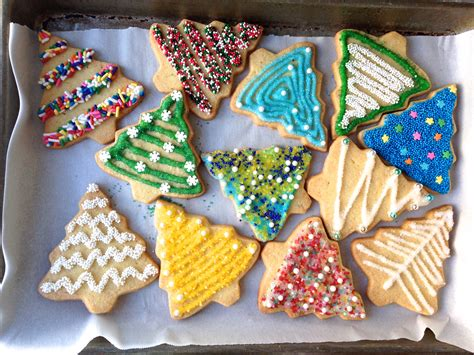 how to decorate cookies how to decorate sugar cookies plus your essential toolkit