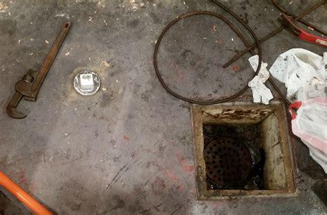46 Floor Drains In Basements, What Causes Leaky Floors In