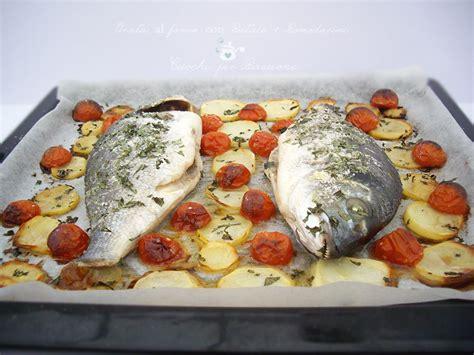 cucinare orata al forno orata al forno con patate e pomodorini secondi di pesce