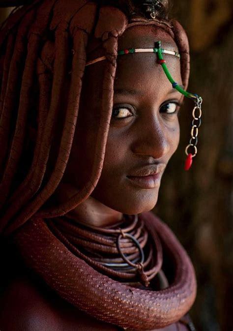 himba tribe desert dreamer himba tribe angola beautiful people