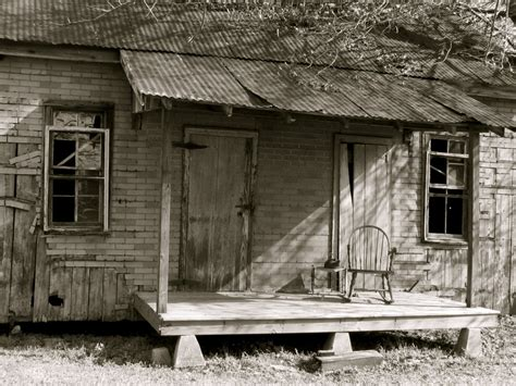 old fashioned porch swing southern front porch by dramaqueenb on deviantart