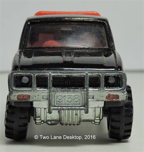 tomica toyota hilux two lane desktop majorette and tomica 1980 toyota hilux s