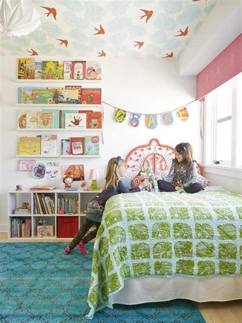 carta da parati soffitto carta da parati sul soffitto room tips a misura di bimbo