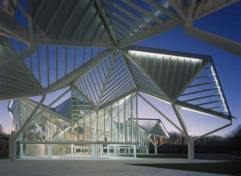 pavillon glas glass pavilion by moneo brock studio