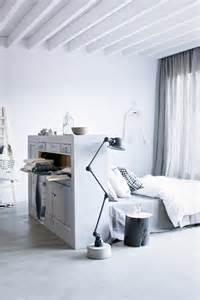 t 234 te de lit avec rangement pour une chambre plus organis 233 e