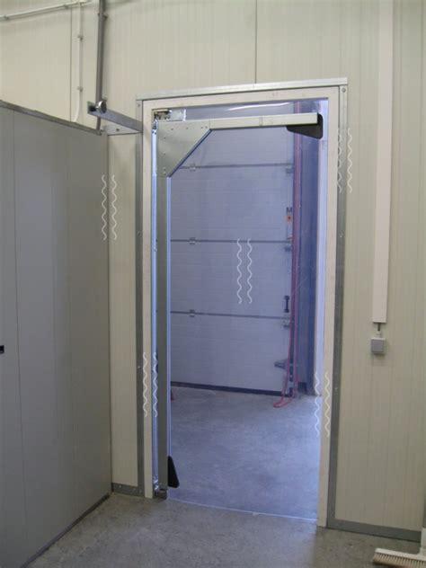pvc swing door swing door