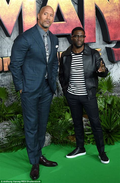 dwayne johnson the rock height kevin hart goes casual on green carpet at jumanji premiere