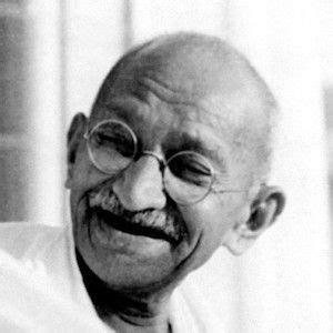 biography of mahatma gandhi from birth to death mahatma gandhi bio facts family famous birthdays