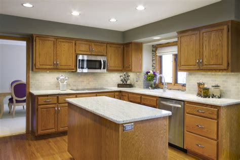 kitchen wall colors with oak cabinets simple image of oak kitchens cabinets with kitchen wall