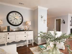 28 signs you re a fixer upper fanatic hgtv s fixer upper with chip and joanna gaines hgtv