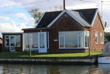 motor boats for sale on the norfolk broads martham boats norfolk broads classic motor sailing