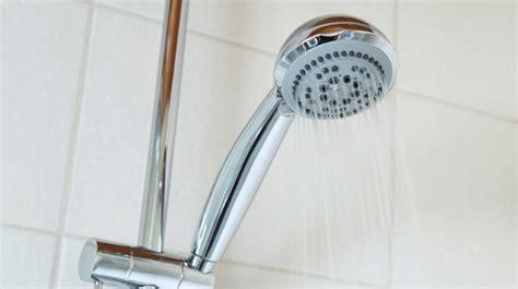 donna fa la doccia cagliari 14enne rimane folgorata mentre fa la doccia