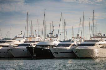 boat and jet ski repair near me yacht management miami boat repair mechanic company